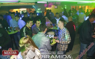 Exclusive band @ Disco club Piramida Busnovi, 05.04.2015.