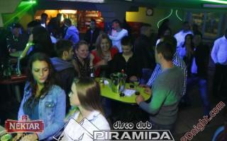 Weekend party @ Disco club Piramida Busnovi, 01.11.2015.